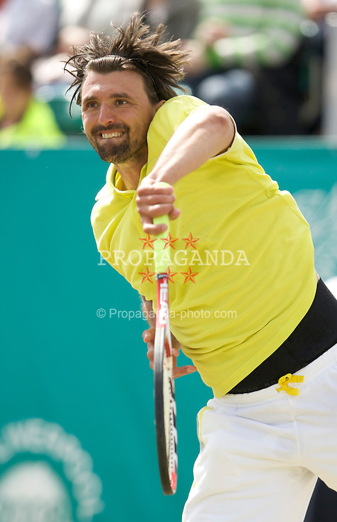 LIVERPOOL, ENGLAND - Thursday, June 12, 2008: Goran Ivanisevic (CRO) in action during the Legends' Singles on Day Three of the Tradition-ICAP Liverpool International Tennis Tournament at Calderstones Park. (Photo by David Rawcliffe/Propaganda)