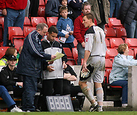 Photo: Paul Thomas.<br /> Stoke City v Norwich City. Coca Cola Championship. 28/10/2006.<br /> <br /> Dismissed Norwich keeper Jamie Ashdown walks off the field.