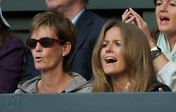01.07.2011, Wimbledon, London, GBR, ATP World Tour, Wimbledon Tennis Championships, im Bild Andy Murray's mother Judy and girlfriend Kim Sears watch during the Gentlemen's Singles Semi-Final match on day eleven of the Wimbledon Lawn Tennis Championships at the All England Lawn Tennis and Croquet ClubEXPA Pictures © 2011, PhotoCredit: EXPA/ Propaganda/ David Rawcliffe +++++ ATTENTION - OUT OF ENGLAND/UK +++++