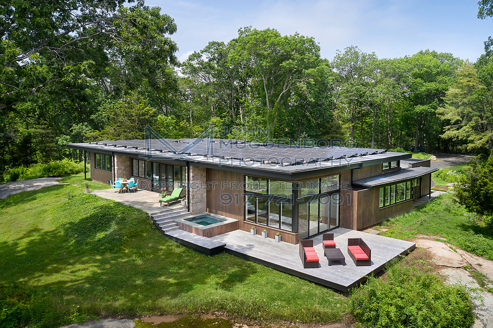 A home renovation in Guilford, CT. Designed by Pirie Associates and photographed by John Muggenborg.<br /> <br /> http://www.johnmuggenborg.com