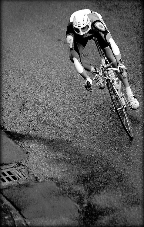 Nederland, Valkenburg, 1998, <br /> WK Wielrennen.<br /> Winnaar Abraham Olano tijdens de tijdrit.<br /> Klaas Jan van der Weij / Sportstation