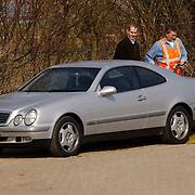 Duitse auto gevonden onder verdachte omstandigheden parkeerplaats Stichtse Strand Voorland Blaricum.politie, Gooi & Vechtstreek