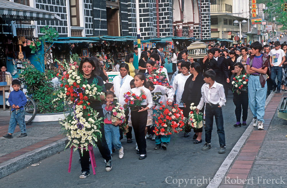 ECUADOR, HIGHLANDS, BANOS funeral procession