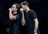 Tennis - 2017 Nitto ATP Finals at The O2 - Day Two<br /> <br /> Mens Doubles: Group Woodbridge/Woodforde: Jamie Murray (Great Britain) & Bruno Soares (Brazil) Vs Bob Bryan (United States) & Mike Bryan (United States)<br /> <br /> Jamie Murray (Great Britain) and Bruno Soares (Brazil) disguise their conversation at the O2 Arena<br /> <br /> COLORSPORT/DANIEL BEARHAM