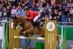 SCHWIZER Pius (SUI), Vient Tu du Rouet<br /> Genf - CHI Geneve Rolex Grand Slam 2019<br /> Prix des Vins de Genève<br /> Internationales Springen Fehler/Zeit<br /> International Jumping Competition 1m45<br /> Table A: Against the Clock<br /> 12. Dezember 2019<br /> © www.sportfotos-lafrentz.de/Stefan Lafrentz