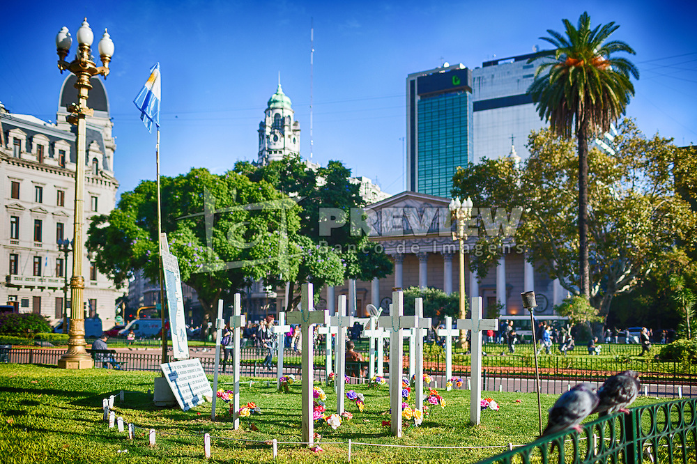 A Praça de Maio (em castelhano Plaza de Mayo) é a principal praça do centro da cidade de Buenos Aires, Argentina. A Praça sempre foi o centro da vida política de Buenos Aires, desde a época colonial até a atualidade. Seu nome comemora a Revolução de Maio de 1810, que iniciou o processo de independência das colônias da região do sul da América do Sul. FOTO: Jefferson Bernardes/Preview.com