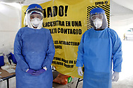 A health worker wears personal protective equipment (PPE) to makes a rapid test a person to detect the SARS-Cov-2 who causes the disease of Covid-19 . Since the beginning of the pandemic, the total number of infected has risen to 821,045. On October 13, 2020 in Mexico City, Mexico (Photo by Leonardo Casas/ Eyepix Group/Speed Media)