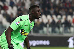 October 25, 2017 - Turin, Italy - SPAL goalkeeper Alfred Gomis (1) during the Serie A football match n.10 JUVENTUS - SPAL on 25/10/2017 at the Allianz Stadium in Turin, Italy. (Credit Image: © Matteo Bottanelli/NurPhoto via ZUMA Press)