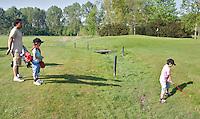 VELSEN - Open Golfdagen 2011 op golfbaan Spaarnwoude. FOTO KOEN SUYK