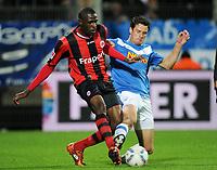 Fotball<br /> Tyskland<br /> 14.10.2011<br /> Foto: Witters/Digitalsport<br /> NORWAY ONLY<br /> <br /> v.l. Mohamadou Idrissou, Marcel Maltritz (Bochum)<br /> 2. Bundesliga, VfL Bochum - Eintracht Frankfurt 0:2