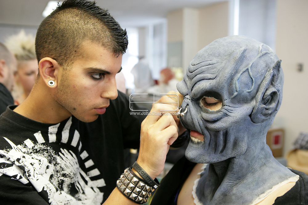 23rd October 2008, Los Angeles, California. Extreme Makeover!  Students at the Cinema Makeup School in Hollywood California, graduate from a special effects make-up course.  In this part of the course, movie industry hopefuls learn to design and create latex masks over a period of four weeks, before demonstrating their competence by transforming models into drag queens, aliens and monsters in only eight hours. Pictured is: Eddie Burke (19) working on his creation. PHOTO © JOHN CHAPPLE / REBEL IMAGES.john@chapple.biz    www.chapple.biz.(001) 310 570 9100.