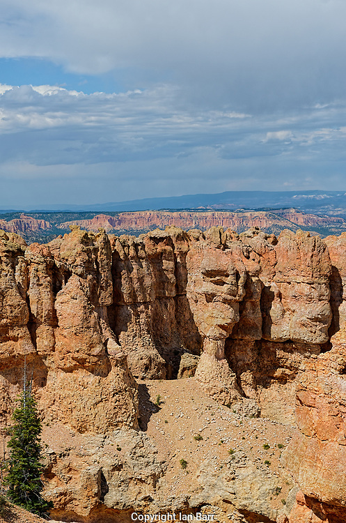 Ponderosa Point,Elevation 8904 ,Bryce Canyon National Park, Utah, USA.