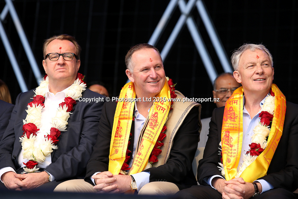 Simon Draper, Prime Minister John Key and Auckland Mayor Elect Phil Goff attend the Diwali Festival, Auckland, New Zealand. Saturday 15 October 2016. © Copyright Image: Ben Campbell / www.photosport.nz