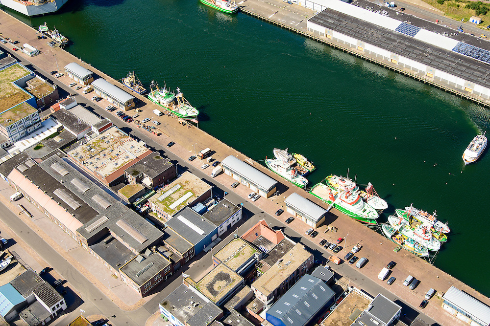 Nederland, Noord-Holland, IJmuiden, 01-08-2016; zeehaven IJmuiden met vissersschepen. <br /> Port of IJmuiden.<br /> luchtfoto (toeslag op standard tarieven);<br /> aerial photo (additional fee required);<br /> copyright foto/photo Siebe Swart