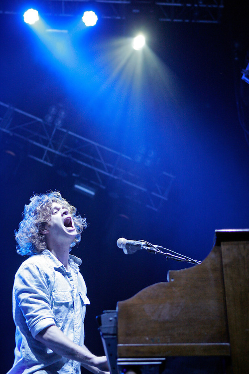 SCOTT MORGAN   ROCKFORD REGISTER STAR.Matthew Thiessen of Relient K performs Thursday, May 6, 2010, while opening for Paramore at the MetroCentre in Rockford.