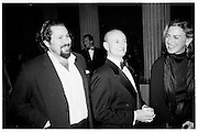 Julian Schnabel and Roy Lichenstein, Costume Institute, Metropolitan Museum,  1995. New York. © Copyright Photograph by Dafydd Jones 66 Stockwell Park Rd. London SW9 0DA Tel 020 7733 0108 www.dafjones.com