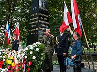 16.08.2013 Bialystok Uroczystosci w 70. rocznice wybuchu powstania w bialostockim getcie. W powstaniu - trwajacym do 20 sierpnia 1943 roku - wzielo udzial 300 powstancow, prawie wszyscy z nich zgineli fot Michal Kosc / AGENCJA WSCHOD
