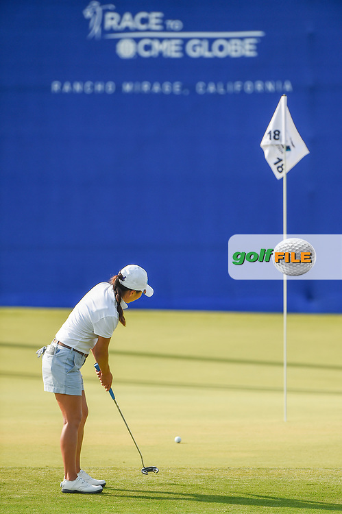 I.K. Kim (KOR) watches her putt on 18 during round 2 of the 2020 ANA Inspiration, Mission Hills C.C., Rancho Mirage, California, USA. 9/11/2020.<br /> Picture: Golffile | Ken Murray<br /> <br /> All photo usage must carry mandatory copyright credit (© Golffile | Ken Murray)