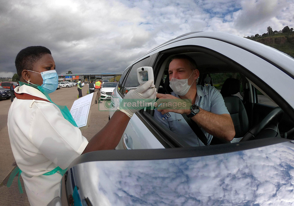 SOUTH AFRICA - Durban - 04 May 2020 - KZN Premier Sihle Zikalala led the command council to monitored compliance with level four regulations by citizens and businesses at a road block in Marrianhill tollgate Pinetown, Durban.<br /> Picture: Motshwari Mofokeng/African News Agency (ANA)