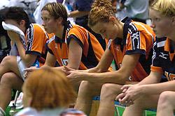 22-06-2000 JAP: OKT Volleybal 2000, Tokyo<br /> Nederland - Korea 3-1 / Riette Fledderus, Elles Leferink, Erna Brinkman