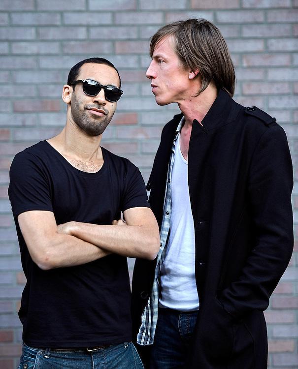 Nederland, Amsterdam, 22-03-2011.<br /> Bas Bron, producent, artiest ( links ) en ..................<br /> Foto : Klaas Jan van der Weij