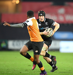 Ospreys' Sam Cross<br /> Photographer Mike Jones/Replay Images<br /> <br /> Guinness PRO14 Round Round 16 - Ospreys v Cheetahs - Saturday 24th February 2018 - Liberty Stadium - Swansea<br /> <br /> World Copyright © Replay Images . All rights reserved. info@replayimages.co.uk - http://replayimages.co.uk