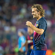 BARCELONA, SPAIN - August 25:  Antoine Griezmann #17 of Barcelona warming up with team mates before the Barcelona V  Real Betis, La Liga regular season match at  Estadio Camp Nou on August 25th 2019 in Barcelona, Spain. (Photo by Tim Clayton/Corbis via Getty Images)