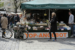 May 2, 2017 - Munich, Germany - Picture show  Viktualienmarkt (daily food market), the biggest market of the city existing since 1807 in Munich, Bavaria, Germany on 2 May 2017. Viktualienmarkt Located in the heart of Munich, Viktualienmarkt is a food market, Located in the heart of Munich, with an area of 22,000 square meters in which more than 140 vendors offer fruit, flowers, cheese and other colorful products. (Credit Image: © Oscar Gonzalez/NurPhoto via ZUMA Press)