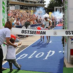 Glücksburg, 02.08.15, Sport, Triathlon, 14. OstseeMan, 2015 : Christian Nitschke (GER, TG triZack Rostock e.V., #001), 3.Platz Einzel (08:54:03)<br /> <br /> Foto © P-I-X.org *** Foto ist honorarpflichtig! *** Auf Anfrage in hoeherer Qualitaet/Aufloesung. Belegexemplar erbeten. Veroeffentlichung ausschliesslich fuer journalistisch-publizistische Zwecke. For editorial use only.