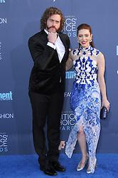 T. J. Miller, Kate Gorney  bei der Verleihung der 22. Critics' Choice Awards in Los Angeles / 111216