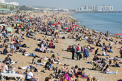 May 5, 2018 - Brighton, East Sussex, United Kingdom - Brighton, UK. Thousands of people take to the beach in Brighton and Hove on the May Bank Holliday Saturday as sunny and warm weather is hitting the seaside resort. (Credit Image: © Hugo Michiels/London News Pictures via ZUMA Wire)
