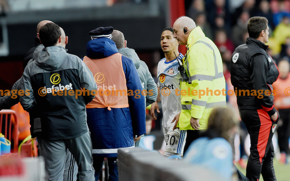 Sunderland's Steven Pienaar argues with someone on the bench after being sent off during  the Premier League match between AFC Bournemouth and Sunderland AFC at the Vitality Stadium in Bournemouth. November 5, 2016.<br /> Simon  Dack / Telephoto Images<br /> +44 7967 642437
