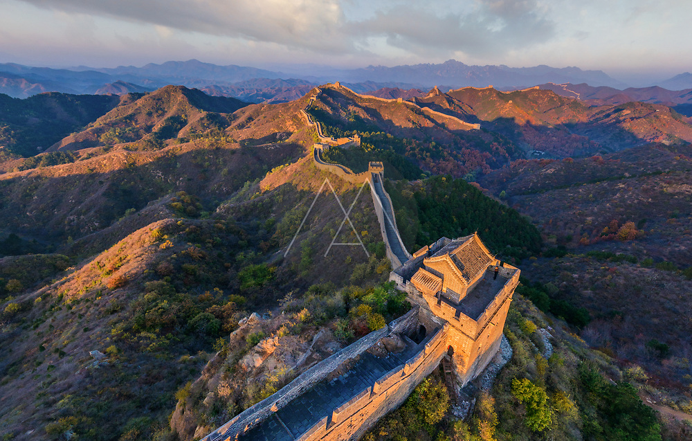 Aerial view of the Great Wall of China during sunny day.