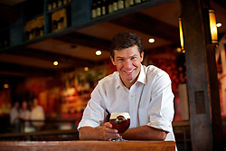 Eduardo Bier, dono da microcervejaria Dado Bier. FOTO: Jefferson Bernardes/ Agência Preview