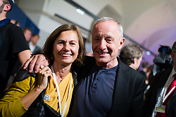 15 .10.2017, Hofburg, Wien, AUT, Nationalratswahl 2017, im Bild Peter Pilz mit seiner Frau Gudrun // during Austrian general elections 2017 in Vienna, Austria on 2017/10/15, EXPA Pictures © 2017, PhotoCredit: EXPA/ Michael Gruber