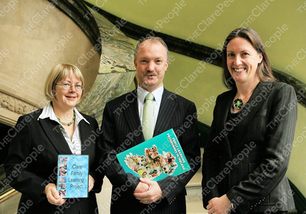 Picture L to R: Mary Flanagan, Clare Family Learning Project, Minister Sean Haughey, T.D., and Inez Bailey, Director, National Adult Literacy Agency.
