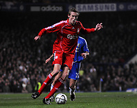 Photo: Tony Oudot/Sportsbeat Images.<br /> Chelsea v Liverpool. Carling Cup, Quarter Final. 19/12/2007.<br /> Peter Crouch of Liverpool on the ball