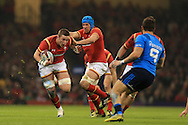 Dan Lydiate of Wales runs at Italy's Guglielmo Palazzani. RBS Six Nations championship 2016, Wales v Italy at the Principality Stadium in Cardiff, South Wales on Saturday 19th March 2016. pic by  Andrew Orchard, Andrew Orchard sports photography.