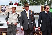 Pferdesport: 148. Deutsches Galopp Derby, Hamburg, 02.07.2014<br /> Siegerehrung: Edda und Albert Darboven<br /> © Torsten Helmke
