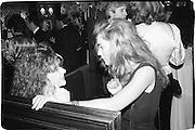 Janet Mcteer and Valerie Gogan, Dangerous Liasons. Ivy restaurant, 6.03.89© Copyright Photograph by Dafydd Jones 66 Stockwell Park Rd. London SW9 0DA Tel 020 7733 0108 www.dafjones.com