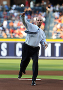 ATLANTA, GA - JUNE 08:  Former Atlanta Braves pitcher John Smoltz throws out the ceremonial first pitch after his #29 retirement ceremony and before the game between the Atlanta Braves and the Toronto Blue Jays at Turner Field on June 8, 2012 in Atlanta, Georgia.  (Photo by Mike Zarrilli/Getty Images)