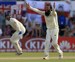 November 7, 2018 - Galle, Sri Lanka - England cricketer Moeen Ali  appeals for a wicket during the 2nd day's play of the first test cricket match between Sri Lanka and England at Galle International cricket stadium, Galle, Sri Lanka. 11-07-2018  (Credit Image: © Tharaka Basnayaka/NurPhoto via ZUMA Press)