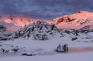 Landschaft beim Gletscher Svinafellsjökull, Island<br /> <br /> Landscape at the glacier Svinafellsjökull, Iceland