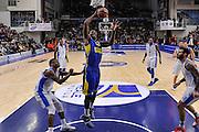DESCRIZIONE : Eurolega Euroleague 2015/16 Group D Dinamo Banco di Sardegna Sassari - Maccabi Fox Tel Aviv<br /> GIOCATORE : Trevor Mbakwe<br /> CATEGORIA : Schiacciata Sequenza<br /> SQUADRA : Maccabi Fox Tel Aviv<br /> EVENTO : Eurolega Euroleague 2015/2016<br /> GARA : Dinamo Banco di Sardegna Sassari - Maccabi Fox Tel Aviv<br /> DATA : 03/12/2015<br /> SPORT : Pallacanestro <br /> AUTORE : Agenzia Ciamillo-Castoria/L.Canu