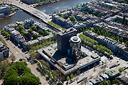 Nederland, Amsterdam, Oud-Zuid, 12-05-2009; De Nederlandsche Bank (DNB), Stadhouderskade en Torontobrug over de Amstel.Swart collectie, luchtfoto (toeslag); Swart Collection, aerial photo (additional fee required).foto Siebe Swart / photo Siebe Swart