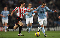 Photo: Paul Thomas/Sportsbeat Images.<br /> Manchester City v Sunderland. The FA Barclays Premiership. 05/11/2007.<br /> <br /> City's Elano (R) is chased by Liam Miller.