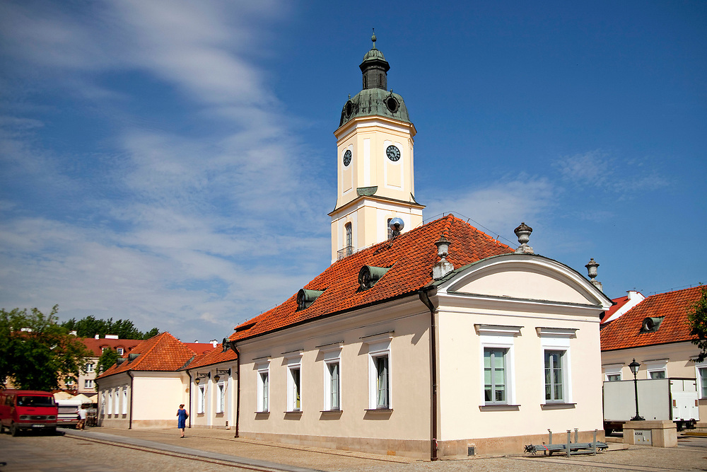 Późnobarokowy ratusz na Rynku Kościuszki w Białymstoku, Polska<br /> Town hall at Kościuszko Square in Białystok, Poland