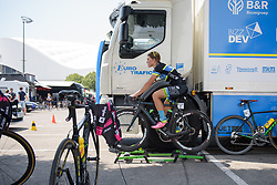 Lauren Stephens warms up for La Course High Speed Pursuit 2017 - a 22.5 km pursuit road race on July 22, 2017, in Marseille, France. (Photo by Sean Robinson/Velofocus.com)