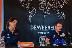 Avital Selinger is presented as the new national coach of the Dutch women's volleyball team. Selinger succeeds Giovanni Caprara, who had to guide the Netherlands to the Olympic Games in January but failed. Francien Huurman will be his new assistant