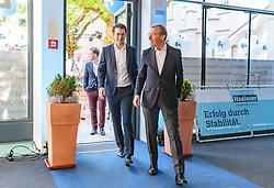 19.04.2018, Getreidegasse, Salzburg, AUT, Landtagswahl in Salzburg 2018, OeVP Wahlkampfschlussveranstaltung, im Bild v.l.: Bundeskanzler Sebastian Kurz (OeVP), Wilfried Haslauer (OeVP) // Austrian Federal Chancellor Sebastian Kurz, Wilfried Haslauer (OeVP) during a campaign event of the OeVP Party for the State election in Salzburg 2018. Getreidegasse in Salzburg, Austria on 2018/04/19. EXPA Pictures © 2018, PhotoCredit: EXPA/ JFK